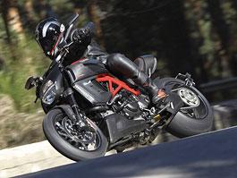 Oficiální představení Ducati Diavel: titulní fotka