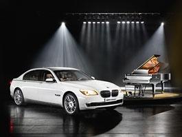 BMW 7 Series Composition: máte rádi klavíry Steinway?: titulní fotka