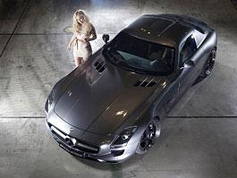 Mercedes-Benz SLS AMG Kicherer: minisukně a 610 koní: titulní fotka