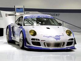 Porsche milionářem na facebooku = speciální verze 911 GT3 R Hybrid: titulní fotka