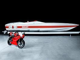 Cigarette Racing 42X Ducati Edition: vlhké dovádění: titulní fotka