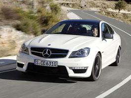 Mercedes-Benz C63 AMG Coupe: nejmenší sporťák se představuje: titulní fotka