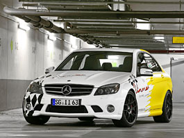Mercedes-benz C63 AMG by Wimmer RS: titulní fotka