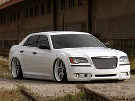 FatChance 2.0: první úprava pro faceliftovaný Chrysler 300: titulní fotka