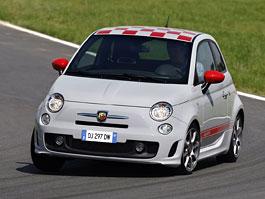 Abarth 500 s motorem uprostřed a pohonem zadních kol? Už brzy v Monaku: titulní fotka