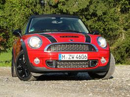 Za volantem: Mini Cooper S & JCW: titulní fotka