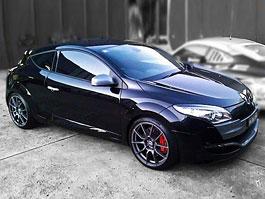 RENM RS 250 Black Edition: když na vás Mégane RS Trophy nezbude: titulní fotka