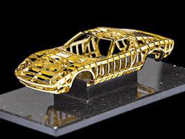 Lamborghini Miura: socha z 24karátového zlata: titulní fotka