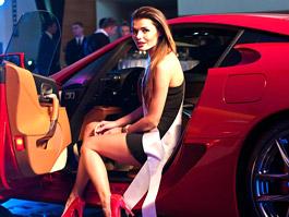 Jediný Lexus LFA v Polsku: modelky a šampaňské: titulní fotka