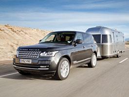 Range Rover se vydal na výlet s obytným přívěsem Airstream: titulní fotka