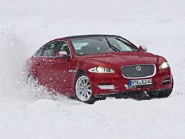 Za volantem: Jaguar XJ a XF AWD aneb Šelmy na ledě: titulní fotka