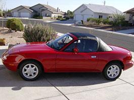 Původní Mazda MX-5 s najetými 27 mílemi na prodej: titulní fotka