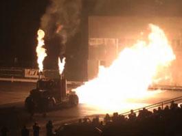 Raketový tahač: přes 300 z místa!: titulní fotka