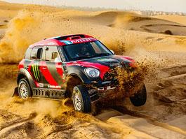 Mini vyrazí na Dakar 2015 s osmičkou aut: titulní fotka