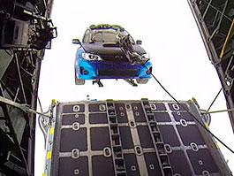 Rychle a zběsile 7: Auta skutečně létala na padacích (+video): titulní fotka