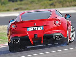 Ferrari F12 Speciale: Odlehčená F12berlinetta možná už v Ženevě: titulní fotka