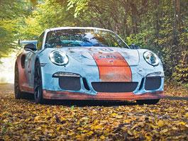 Porsche 911 GT3 RS se převléklo do barev Gulfu a zrezlo. Ale jenom naoko!: titulní fotka