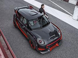 Mini John Cooper Works GP Concept: Na silnici nebo na závody? Zatím jen na pódiu.: titulní fotka
