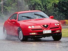 6 kupé s motorem V6 z devadesátek, která by vám měla zdobit garáž: titulní fotka
