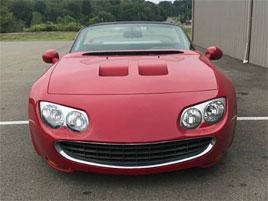 Poznáte, co tohle bylo původně za auto? Je to pestrá skládačka: titulní fotka