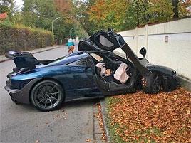 Tohle je zřejmě první nehoda McLarenu Senna. Majitel boural krátce po převzetí vozu: titulní fotka