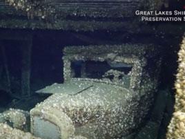 Takhle vypadá auto, které leželo 90 let na dně jezera. Objevili ho potápěči: titulní fotka