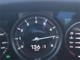 Podívejte se, jak zrychluje nové Porsche 911 Carrera S. Je to slušný kalup: titulní fotka