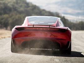 Elon Musk představil další bláznivou vizi. Příští Tesla Roadster se prý bude vznášet: titulní fotka