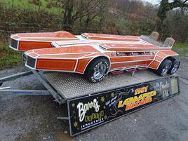 Znáte Barris Snakepit? Tenhle dragster z roku 1975 pohání hned šest osmiválců!: titulní fotka