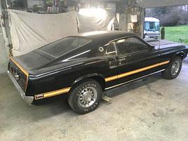 Podívejte se, jak vypadá Mustang, který strávil posledních 38 let v garáži: titulní fotka