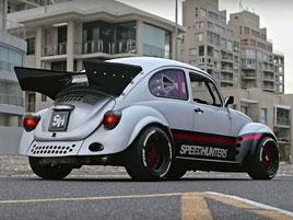 Tohle je možná nejúžasnější Brouk na světě. Má motor ze Subaru: titulní fotka