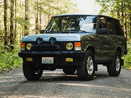 Viděli jste někdy původní Range Rover s motorem V12?: titulní fotka