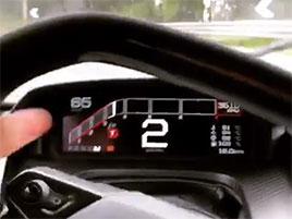 Ford GT nemusí končit jen jako investice v garáži. Tenhle majitel s ním rád driftuje: titulní fotka