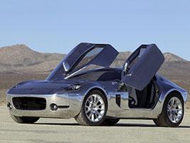 Vzpomenete si na tohle kupé? Ford Shelby GR-1 se ukázal už v roce 2004, ale až teď míří do výroby: titulní fotka