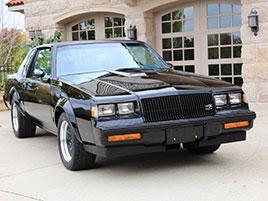 V USA se objevil prakticky nový Buick GNX. Tento nenápadný vůz byl ve své době rychlejší než mnohé supersporty: titulní fotka