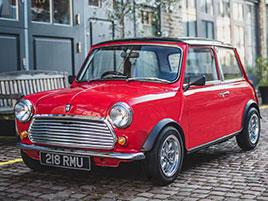 Teď už můžete mít i klasické Mini s elektromotorem. Potřebujete na něj ale miliony: titulní fotka