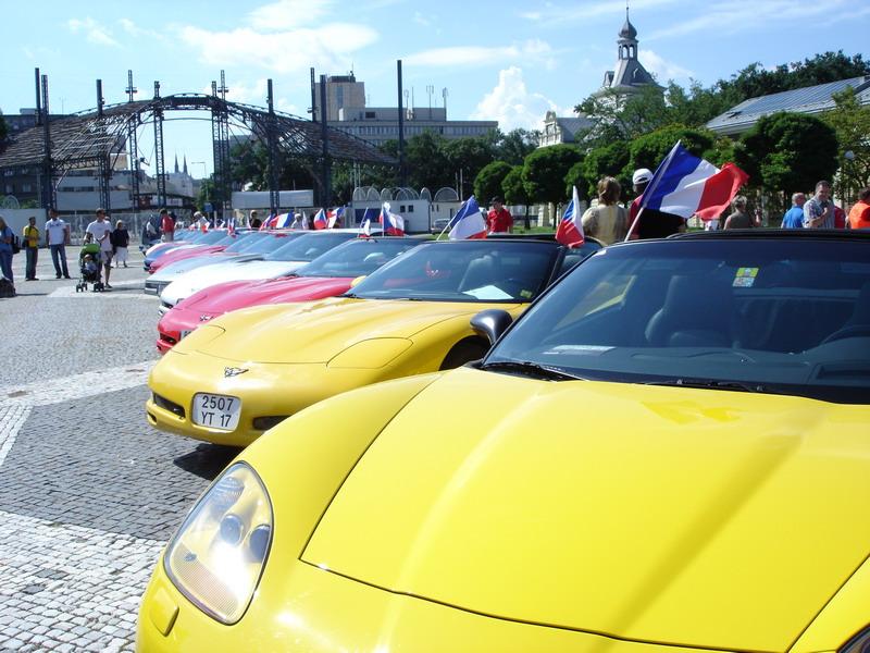 Prahou burácelo 250 Corvette: - fotka 8