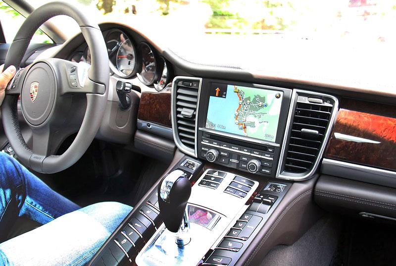 Panamera je zřejmě novým nejrychlejším sedanem Nordschleife: - fotka 3