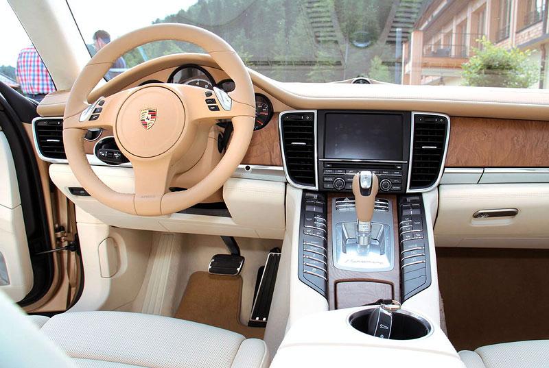 Porsche: prodejní úspěchy současnosti i minulosti: - fotka 5