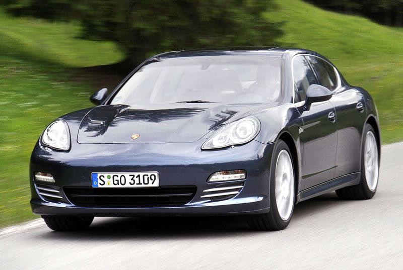 Panamera je zřejmě novým nejrychlejším sedanem Nordschleife: - fotka 16