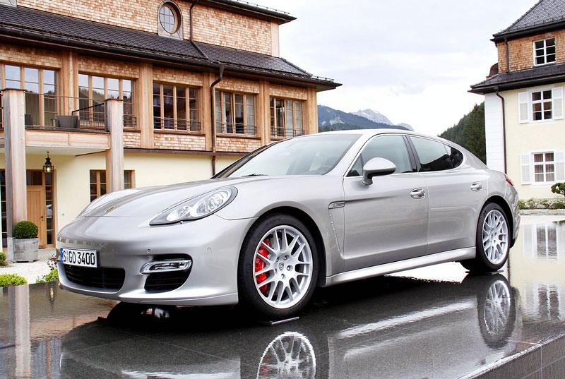 Porsche: prodejní úspěchy současnosti i minulosti: - fotka 17