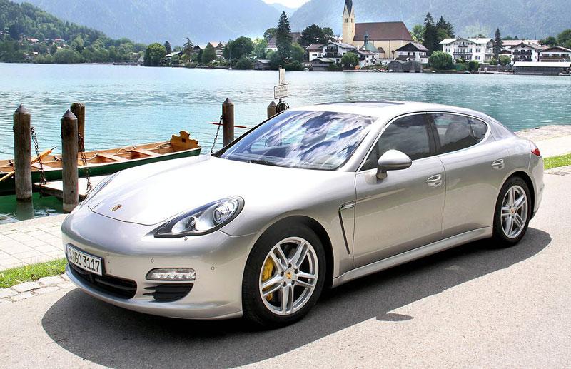 Panamera je zřejmě novým nejrychlejším sedanem Nordschleife: - fotka 19