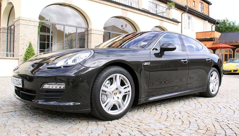 Panamera je zřejmě novým nejrychlejším sedanem Nordschleife: - fotka 20