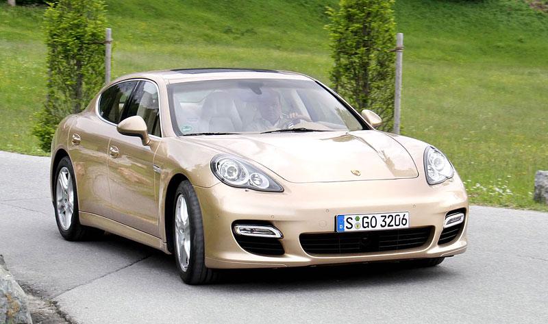 Porsche: prodejní úspěchy současnosti i minulosti: - fotka 22
