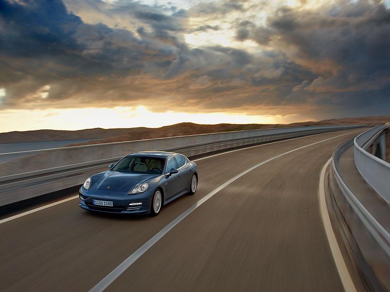Porsche: prodejní úspěchy současnosti i minulosti: - fotka 28