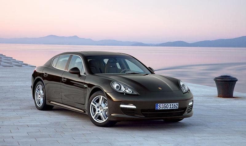 Porsche: prodejní úspěchy současnosti i minulosti: - fotka 30