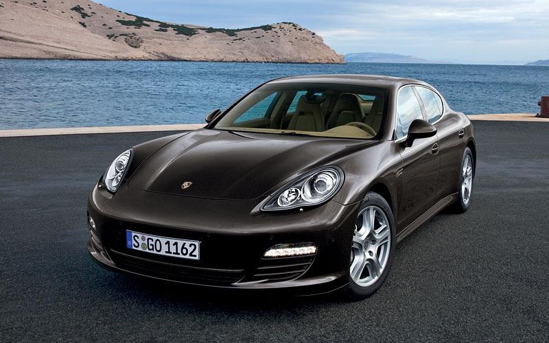 Porsche: prodejní úspěchy současnosti i minulosti: - fotka 31
