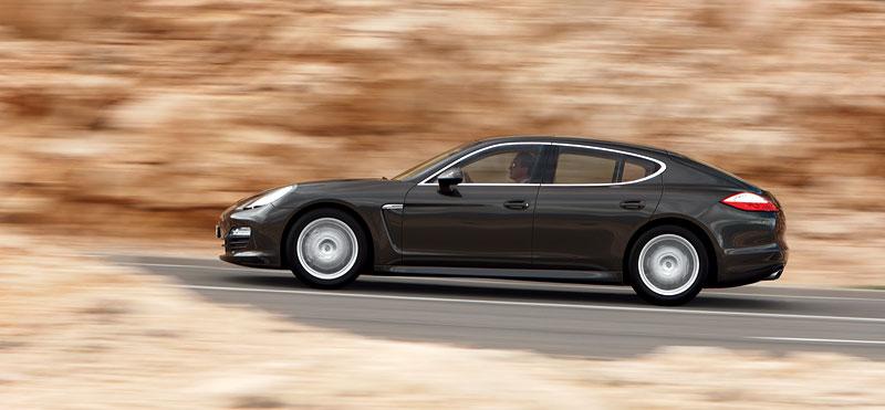 Porsche: prodejní úspěchy současnosti i minulosti: - fotka 32