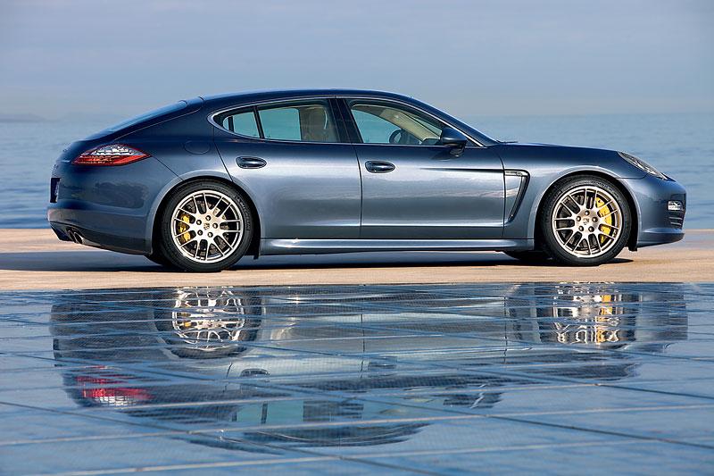 Porsche: prodejní úspěchy současnosti i minulosti: - fotka 34