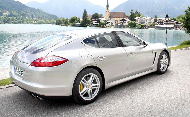 Panamera je zřejmě novým nejrychlejším sedanem Nordschleife: - fotka 39